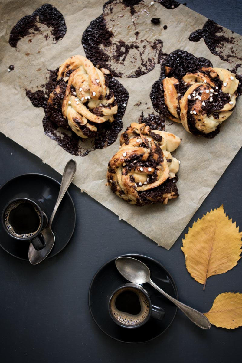 chocolate swirl buns 2