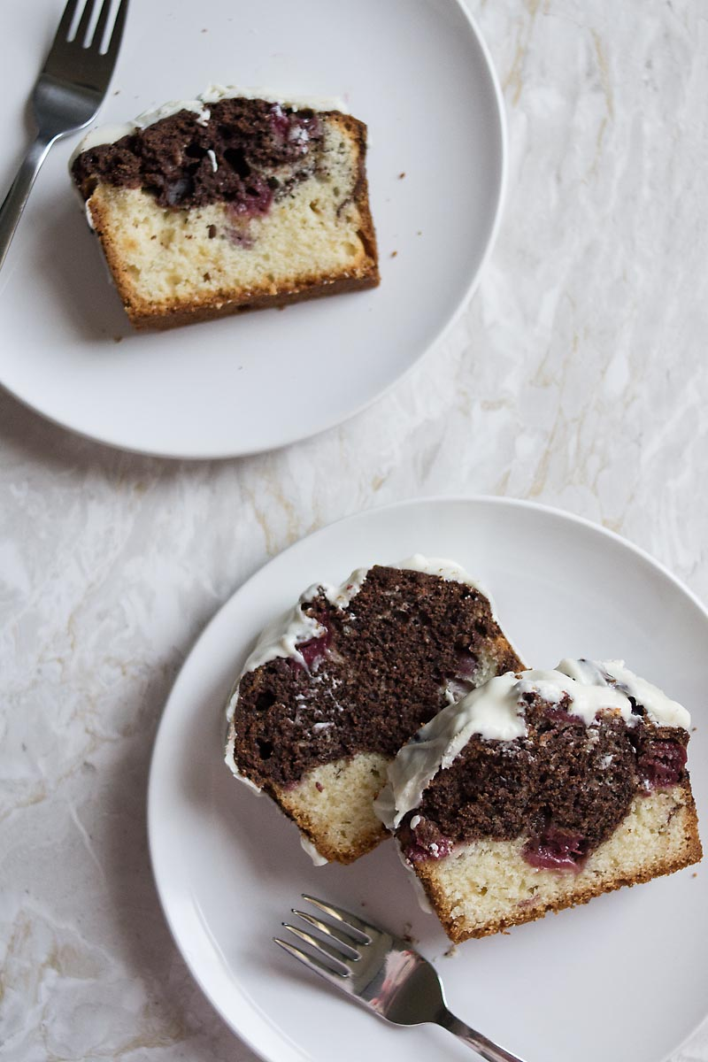 marble cake with cherries